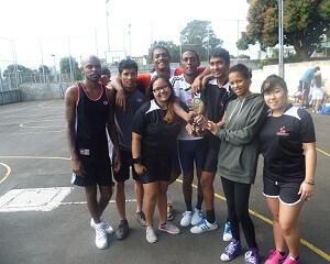L'équipe gagnante de Volley-Ball de SEDECO