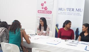 La société SEDECO présente à un Job Fair pour l'emploi BtoB