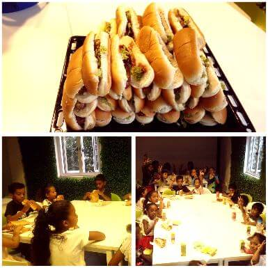 Hot-dogs! Hot-dogs! Prenez-vos Hot-dogs! Miam ! :)